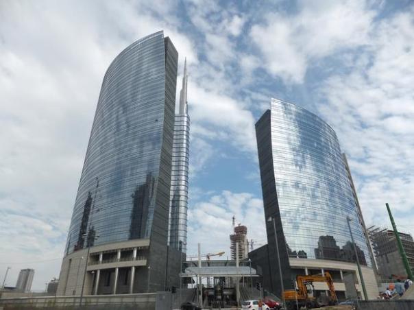 8-unitcredit-tower