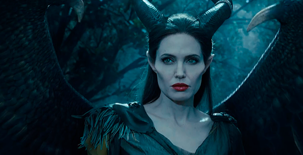 maleficent-malevola-angelina-jolie-lady-gaga-maquiagem-trailer-asas-disney