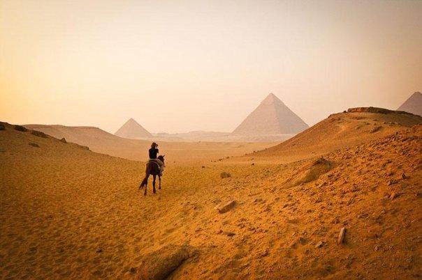 pirâmides-de-gizé