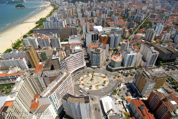 Vista aérea da Praça da Independência, localizada no bairro do Gonzaga.