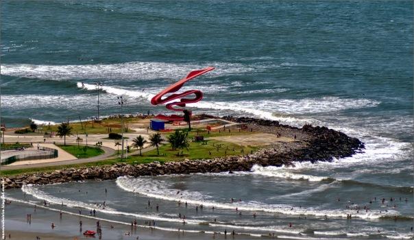 Imagem aérea da Escultura de Tomie Ohtake.