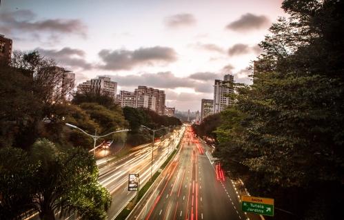 RF8499- SÃO PAULO - 22/09/2014 - CIDADES - DIA MUNDIAL SEM CARRO - Av. 23 de Maio às 18h00 com trânsito bom no dia mundial sem carro. Foto: Robson Fernandjes / Fotos Públicas